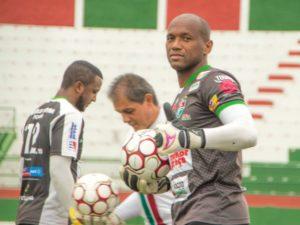 O Fluminense tem que mostrar eficiência e muita força de vontade', diz Jair