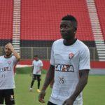 Kanu quer jogo de muita 'intensidade' contra o Grêmio: 'É vencer ou vencer'